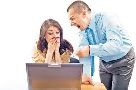 Los comportamientos mas irritantes de los jefes