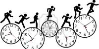 4430444-la-persona-o-las-personas-con-prisa-el-d-a-corren-un-carrera-contra-el-tiempo-en-los-relojes
