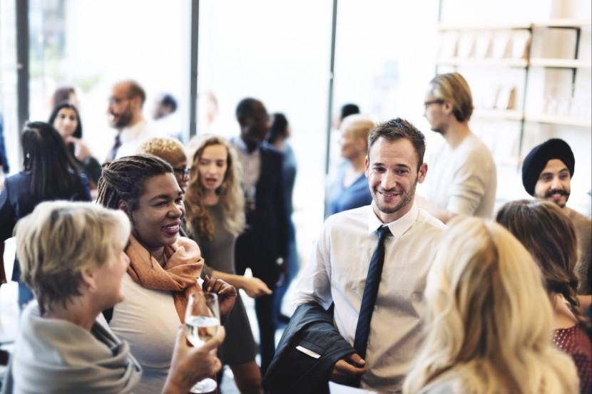 19 formas de triunfar en tu próximo evento de Networking