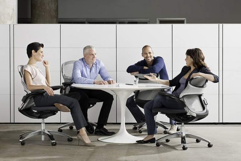 Cómo conviven 'Millennials' y 'Baby Boomers' en las empresas