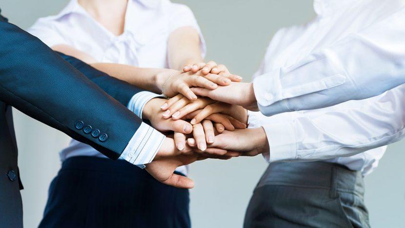 El compromiso comienza con sus líderes