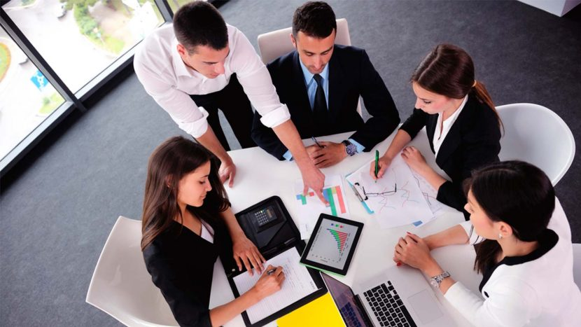 10 fundamentos para construir un equipo de alto rendimiento