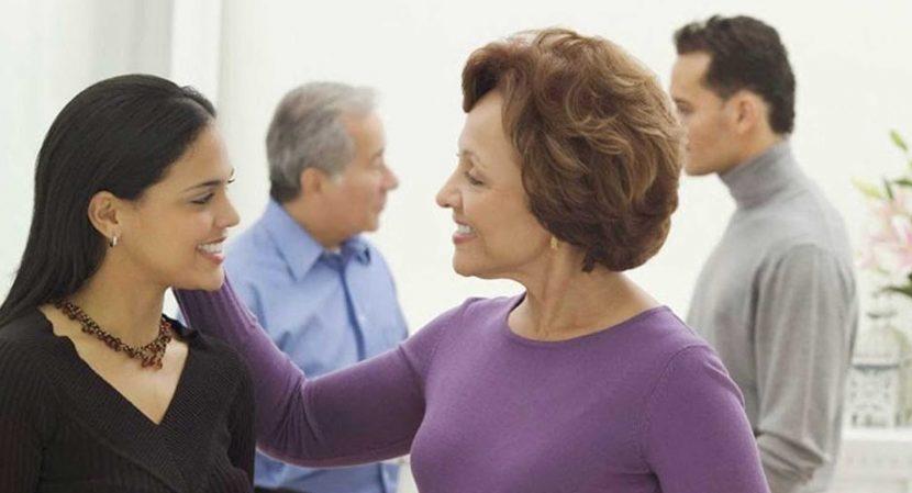 Familiares políticos: ¿Deben trabajar los yernos y nueras en el negocio familiar?