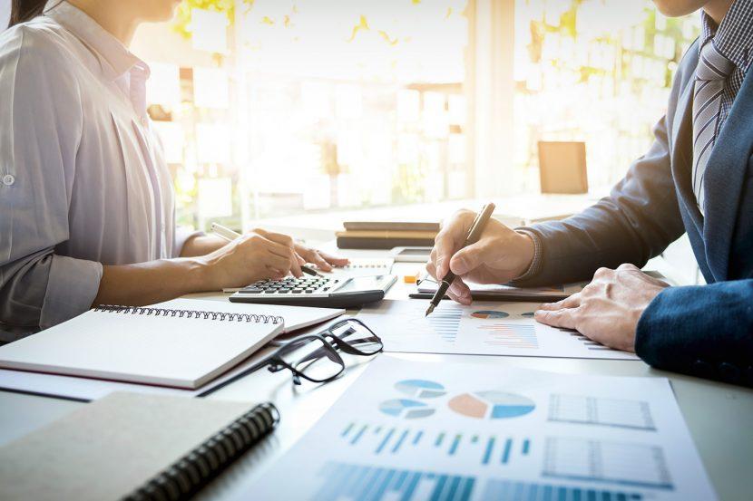 Claves para validar tu modelo de negocio: La entrevista cliente-problema solución
