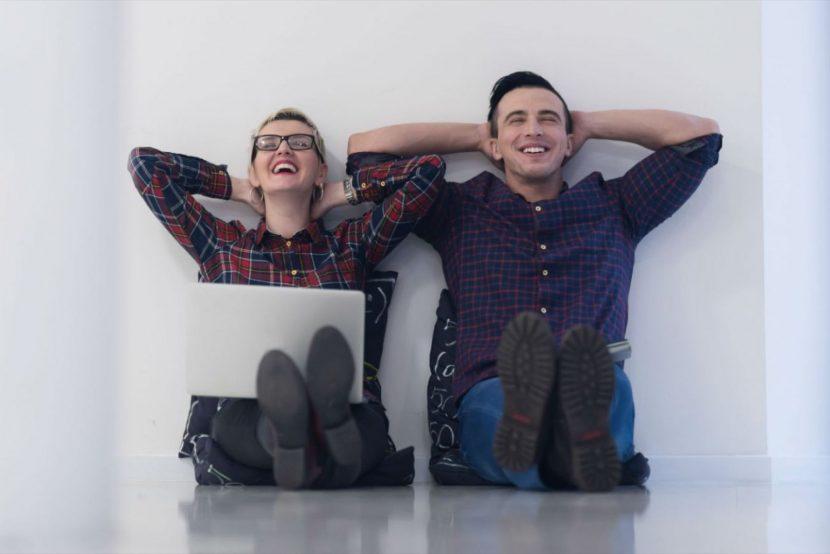 Cómo manejar un negocio con tu pareja y mantener una relación feliz