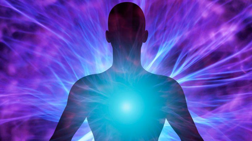 Hemorragia Energética: Los 10 hábitos mentales que te roban la energía.