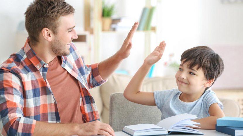 ¿Cuál es el mejor regalo que le puedes dar a tus hijos?… Sí, acertaste