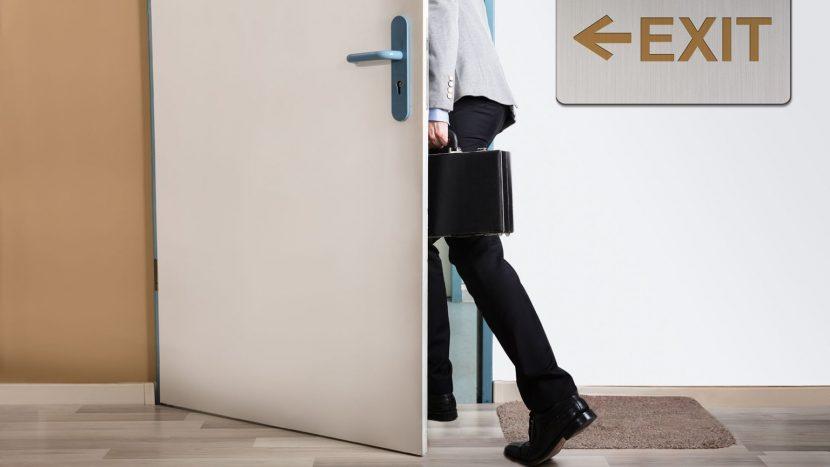 """Renuncia psicológica: cuando el empleado """"se fue"""" un año antes de renunciar"""