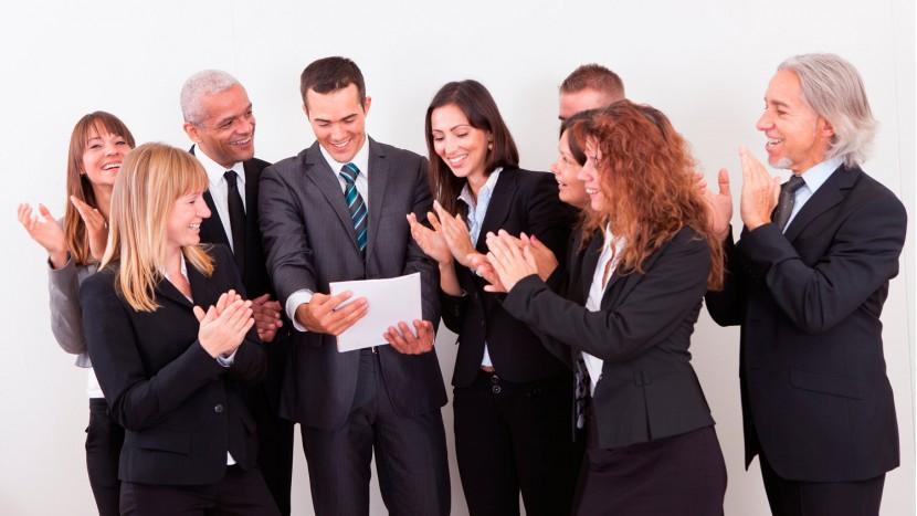 Los CEO promovidos internamente generan mayores beneficios a sus empresas