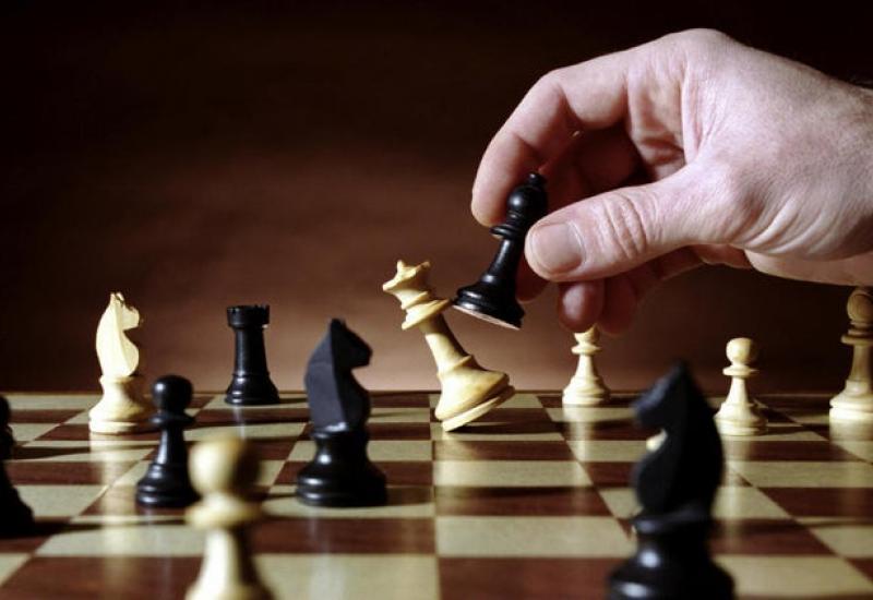 Por qué los líderes progresistas se centran en jugar el juego largo