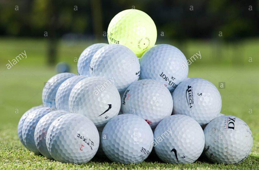 El hombre que se volvió rico buscando pelotitas de golf bajo el agua
