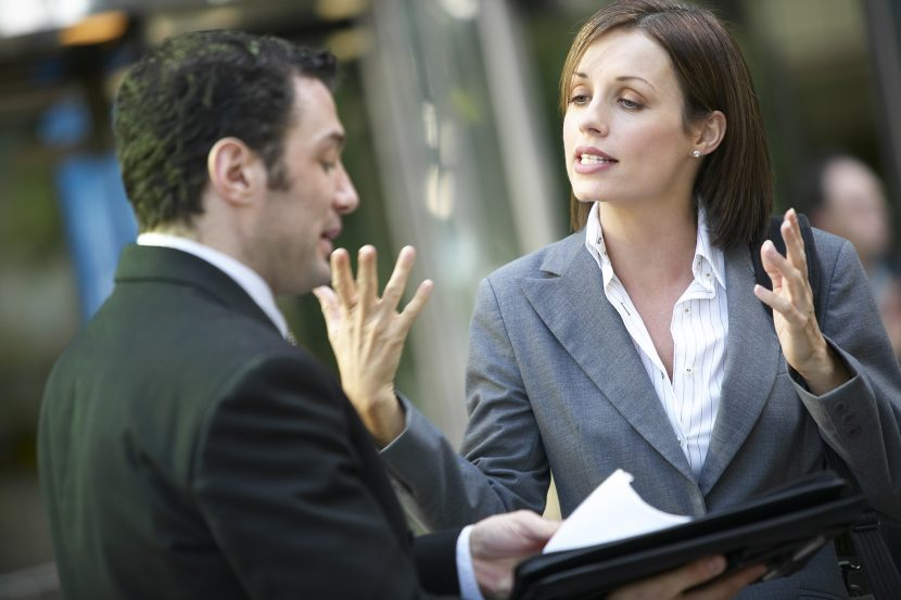 5 Errores de comunicación que debe evitar cometer con sus clientes