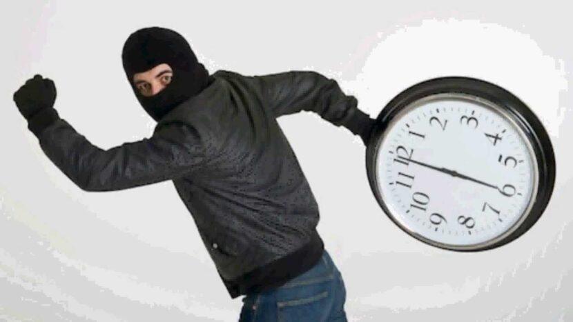 Evitar robatiempos: 2 consejos para la gestión del tiempo en el trabajo