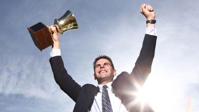 Este es el secreto del éxito peor guardado, pero que solo la gente exitosa sigue… Así que síguelo tú también