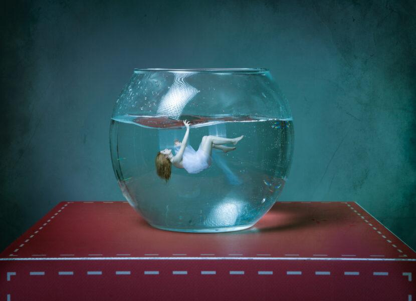 Pensamiento catastrófico: Hacer una tormenta en un vaso de agua – y ahogarse