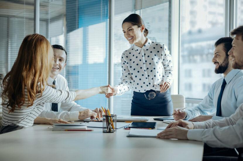 Liderazgo estratégico, cultura organizacional y el cambio en las pymes
